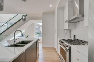 Photo 14: 1604 29 Avenue SW in Calgary: South Calgary Row/Townhouse for sale : MLS®# C4271141