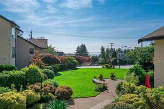 "Photo 1: 206 14957 THRIFT Avenue: White Rock Condo for sale in ""Whitecliffe"" (South Surrey White Rock)  : MLS®# R2412507"