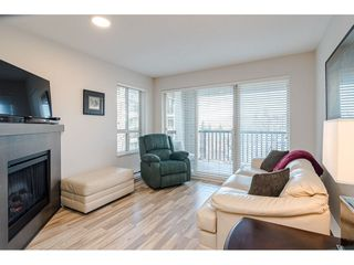 "Photo 10: 304 8915 202ND Street in Langley: Walnut Grove Condo for sale in ""Hawthorne"" : MLS®# R2420017"