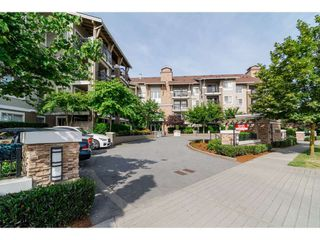 "Photo 1: 304 8915 202ND Street in Langley: Walnut Grove Condo for sale in ""Hawthorne"" : MLS®# R2420017"