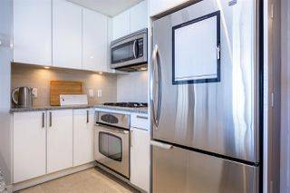"""Photo 7: 2904 2978 GLEN Drive in Coquitlam: North Coquitlam Condo for sale in """"GRAND CENTRAL ONE"""" : MLS®# R2435019"""