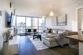"""Photo 5: 2904 2978 GLEN Drive in Coquitlam: North Coquitlam Condo for sale in """"GRAND CENTRAL ONE"""" : MLS®# R2435019"""