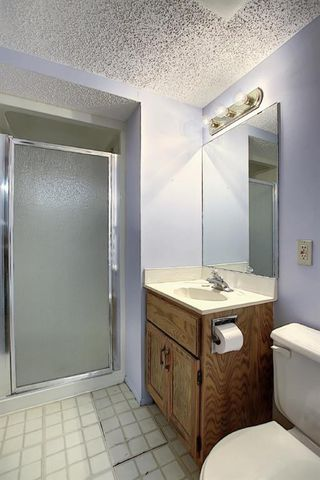 Photo 36: 602 VARSITY ESTATES Place NW in Calgary: Varsity Detached for sale : MLS®# A1031095