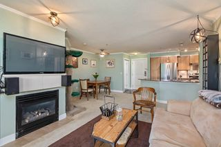 Photo 3: 306 12020 207A Street in Maple Ridge: Northwest Maple Ridge Condo for sale : MLS®# R2518444