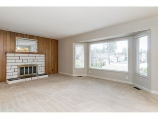 Photo 7: 21691 MOUNTAINVIEW Crescent in Maple Ridge: West Central House for sale : MLS®# R2525083