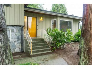 Photo 4: 21691 MOUNTAINVIEW Crescent in Maple Ridge: West Central House for sale : MLS®# R2525083