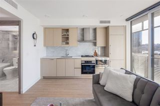 """Main Photo: 904 89 NELSON Street in Vancouver: Yaletown Condo for sale in """"The Arc"""" (Vancouver West)  : MLS®# R2530571"""