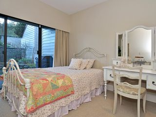 Photo 9: 20 4957 MARINE Drive in West Vancouver: Olde Caulfeild Townhouse for sale : MLS®# V931742