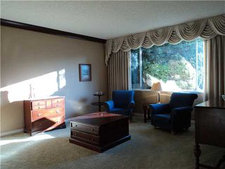 "Photo 3: 2545 KITCHENER AV in Port Coquitlam: Woodland Acres PQ House for sale in ""WOODLAND ACRES"" : MLS®# V997589"