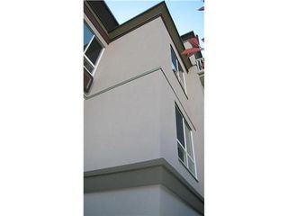 Photo 2: 109 3235 4TH Ave: Kitsilano Home for sale ()  : MLS®# V820407