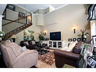Photo 12: 5334 SPETIFORE Crescent in Tsawwassen: Tsawwassen Central House for sale : MLS®# V1011409