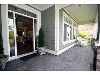 Photo 3: 5334 SPETIFORE Crescent in Tsawwassen: Tsawwassen Central House for sale : MLS®# V1011409