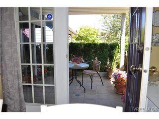 Photo 13: 1933 Ashgrove St in VICTORIA: Vi Jubilee Half Duplex for sale (Victoria)  : MLS®# 650388
