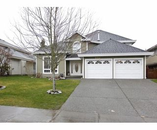 Photo 1: 8112 158 ave in surrey: Fleetwood Tynehead House for sale (Surrey)  : MLS®# F1304826