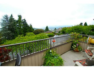 Photo 9: 138 HYTHE Avenue in Burnaby: Capitol Hill BN House for sale (Burnaby North)  : MLS®# V1077231