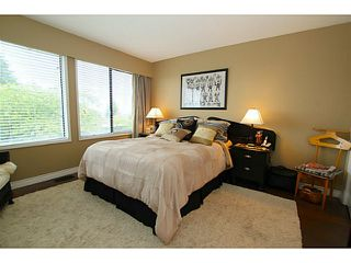 Photo 13: 138 HYTHE Avenue in Burnaby: Capitol Hill BN House for sale (Burnaby North)  : MLS®# V1077231