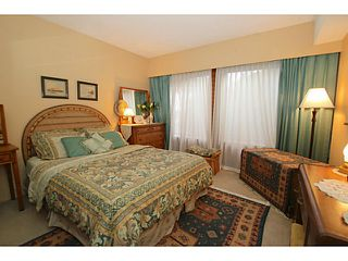 Photo 18: 138 HYTHE Avenue in Burnaby: Capitol Hill BN House for sale (Burnaby North)  : MLS®# V1077231