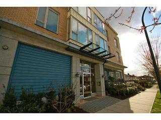 "Photo 10: PH7 688 E 17TH Avenue in Vancouver: Fraser VE Condo for sale in ""MONDELLA"" (Vancouver East)  : MLS®# V1077525"