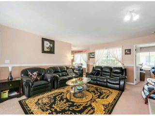 "Photo 2: 205 13725 72A Avenue in Surrey: East Newton Townhouse for sale in ""PARK PLACE ESTATES"" : MLS®# F1418923"