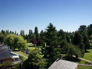 Photo 1: 1420 VIEW CR in Tsawwassen: Beach Grove House for sale : MLS®# V1074121