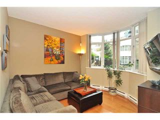 Photo 5: # 210 1166 MELVILLE ST in Vancouver: Coal Harbour Condo for sale (Vancouver West)  : MLS®# V1077124