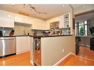 Photo 2: # 210 1166 MELVILLE ST in Vancouver: Coal Harbour Condo for sale (Vancouver West)  : MLS®# V1077124