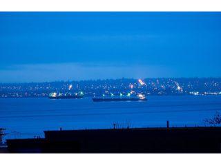 Photo 2: 2458 LAWSON AV in West Vancouver: Dundarave House for sale : MLS®# V1103860