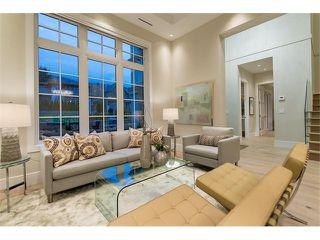 Photo 3: 2458 LAWSON AV in West Vancouver: Dundarave House for sale : MLS®# V1103860
