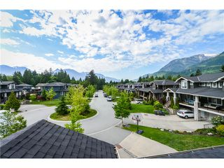 Photo 2: 41751 HONEY LN in Squamish: Brackendale Condo for sale : MLS®# V1124536