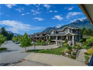 Photo 9: 41751 HONEY LN in Squamish: Brackendale Condo for sale : MLS®# V1124536