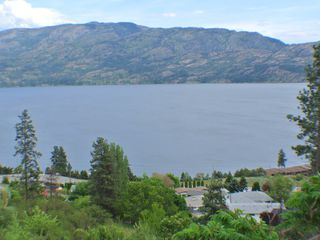 Photo 1: 5165 MacNeil Court: Peachland Vacant Land for sale (Central Okanagan)  : MLS®# 10111609