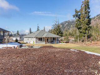 Photo 35: 7268 LAKEFRONT DRIVE in LAKE COWICHAN: Z3 Lake Cowichan House for sale (Zone 3 - Duncan)  : MLS®# 452002