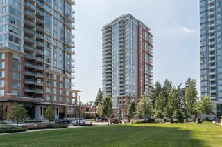 "Photo 2: 1801 3096 WINDSOR Gate in Coquitlam: New Horizons Condo for sale in ""Mantayla Windsor Gate by Polygon"" : MLS®# R2395946"