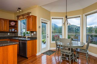 Photo 8: 4388 ESTATE Drive in Sardis - Chwk River Valley: Chilliwack River Valley House for sale (Sardis)  : MLS®# R2404360