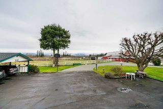 Photo 11: 22173 64 AVENUE Avenue in Langley: Salmon River House for sale : MLS®# R2428399