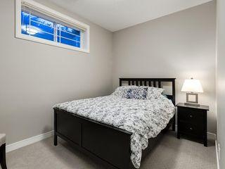 Photo 32: 3431 KERRY PARK Road SW in Calgary: Killarney/Glengarry Semi Detached for sale : MLS®# C4292177