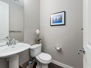 Photo 15: 3431 KERRY PARK Road SW in Calgary: Killarney/Glengarry Semi Detached for sale : MLS®# C4292177