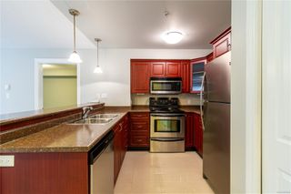 Photo 9: 105 4536 Viewmont Ave in : SW Royal Oak Condo for sale (Saanich West)  : MLS®# 859609