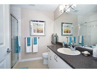 """Photo 9: 14 1268 RIVERSIDE Drive in Port Coquitlam: Riverwood Townhouse for sale in """"SOMERSTON LANE"""" : MLS®# V1012726"""