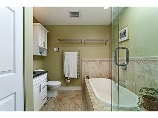 Photo 16: 3124 LONSDALE AV in North Vancouver: Upper Lonsdale Condo for sale : MLS®# V1031698