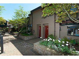 Photo 2: 3124 LONSDALE AV in North Vancouver: Upper Lonsdale Condo for sale : MLS®# V1031698