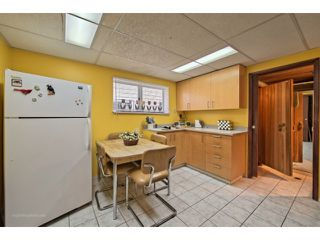 Photo 12: 2027 BRIDGMAN AV in North Vancouver: Pemberton Heights House for sale : MLS®# V1061610