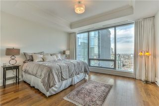 Photo 3: 55 Scollard St in Toronto: Condo for sale : MLS®# c3162036