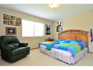 Photo 18: 12749 OCEAN CLIFF DR in Surrey: Crescent Bch Ocean Pk. House for sale (South Surrey White Rock)  : MLS®# F1439244