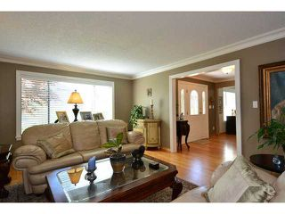 Photo 7: 12749 OCEAN CLIFF DR in Surrey: Crescent Bch Ocean Pk. House for sale (South Surrey White Rock)  : MLS®# F1439244