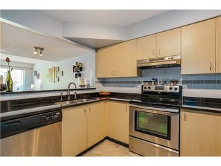 Photo 7: 45 123 Seventh Street in New Westminster: Uptown NW Townhouse for sale : MLS®# V1124444