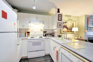 Photo 5: # 311 7139 18TH AV in Burnaby: Edmonds BE Condo for sale (Burnaby East)  : MLS®# V1137375