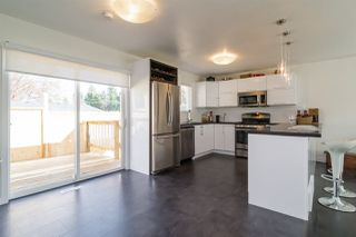 Photo 10: 7902 BURDOCK STREET in Mission: Mission BC House for sale : MLS®# R2074946