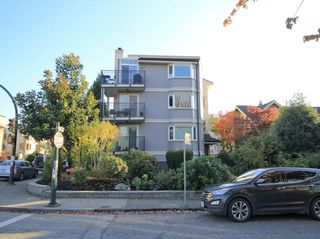 Photo 1: 6 1606 W 10TH AVENUE in Vancouver: Fairview VW Condo for sale (Vancouver West)  : MLS®# R2115492