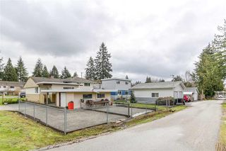 Photo 2: 826 Gatensbury Street in Coquitlam: Harbour Chines House for sale : MLS®# R2148653